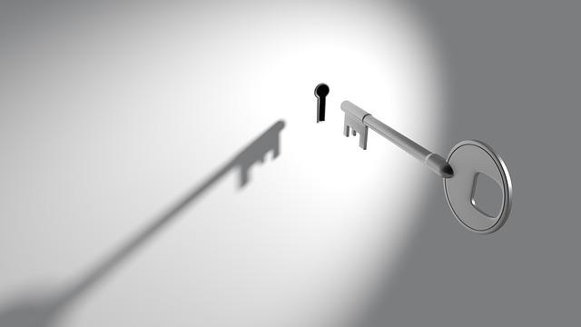 klíč a klíčová dírka.jpg