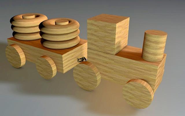 dřevěná mašinka.jpg