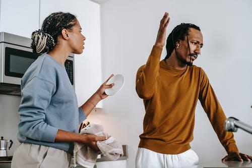 muž a žena hádka